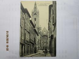 CPA 13 AIX En PROVENCE - La Rue St Jean Et La Rue Cardinale  Vers 1910 - Aix En Provence