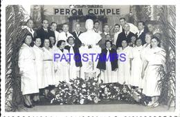 106706 ARGENTINA PERONISMO STATUE EVITA PERON & PEOPLE PHOTO NO POSTAL POSTCARD - Photographie