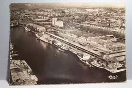 MARSEILLE    -  Le Bassin De La Joliette - Vue Aérienne  - ( Pas De Reflet Sur L'original ) - Joliette, Port Area