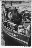 56 - Port De Pêche De LORIENT - Bateau Arrivant à La Vente - Animée - 1960 (Q134) - Lorient