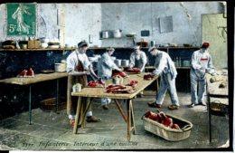 Guerre 14-18 Vie A L Arriere Infanterie Interieur D Une Cuisine EM - Guerra 1914-18