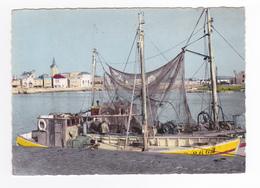 85 Les Sables D'Olonne N°39 Port Gros Plan Bateau De Pêche VOIR ZOOM PUB Byrrh Eglise De La Chaume - Sables D'Olonne