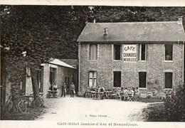 Café Chambres Meublées. 10. MAILLY CAMP. Café Hotel Jeanne D'arc, Et Beauséjour - Commerce