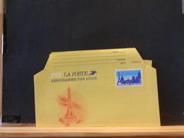 82/130 AEROGRAMME FRANCE  XX - Postwaardestukken