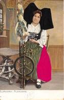 LOT DE 8 CARTES CONCERNANT LES COIFFES OU COSTUMES ALSACE LORRAINE EN RELIEF AVEC VRAI TISSUS SUR LA CARTE - Cartes Postales