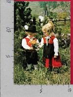 CARTOLINA VG ITALIA - VALLE D'AOSTA - Bimbi Di GRESSONEY In Costume Locale - 10 X 15 - ANN 1982 - Costumi