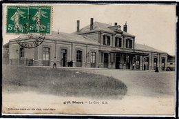 DINARD - LA GARE - LA PLACE - ANIMATION - Dinard