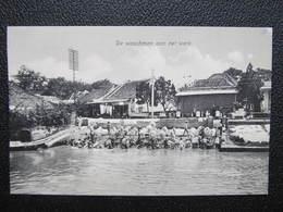 AK De Waschamn Aan Het Werk Ca.1910 Indonesia Java  //  D*36177 - Indonesien
