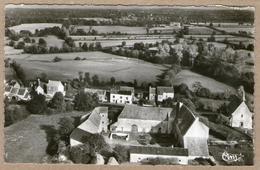 36 / LUZERET  - Vue Aérienne - Vieux Château, église Et Alentours (années 50) - Francia