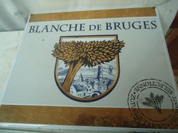Plaque émaillée Publicitaire Pour La Bière Belge Blanche De Bruges - Advertising (Porcelain) Signs