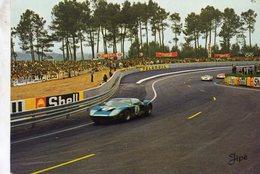 24 Heures Du Mans  -  Dans Les 'S' Du Tertre Rouge - Ford GT40  -  CP - Le Mans