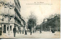 N°68935 -cpa Le Havre -le Boulevard De Strasbourg Et Le Crédit Lyonnais- - Banques