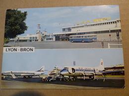 AEROPORT / FLUGHAFEN / AIRPORT   LYON BRON  VISCOUNT AIR INTER / CARAVELLE AIR FRANCE - Aérodromes