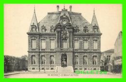 RUEIL (92) - L'HÔTEL DE VILLE - ANIMÉE  DE SOLDATS  - L'ABEILLE - - Rueil Malmaison