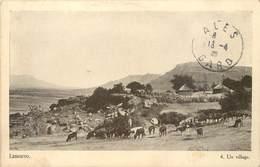 CPA Afrique Du Sud Lessouto Lesotho Un Village 1920 Société Missions Evangélique Paris Edition Du Dépot De Livres Morija - Lesotho