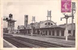 62 - LENS : Les Quais Et La Gare - CPA - Pas De Calais - Lens