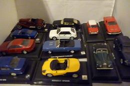 Car Collection DEL PRADO 32 Modelli Nuovi CON BASETTA DEDICATA NO BOX  1/43 In Blocco - Automobili