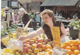 Postcard Moore Street Market Dublin [ John Hinde ] My Ref  B23373 - Dublin