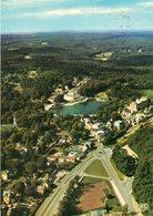 BAGNOLES DE L'ORNE - Vue Générale Sur Le Casino Du Lac Et La Forêt D'Andaine - Bagnoles De L'Orne