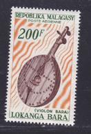 MADAGASCAR AERIENS N°   97 ** MNH Neuf Sans Charnière, TB (D8365) Instrument De Musique, Violon Bara - 1965 - Madagaskar (1960-...)