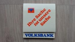 Zündholzheftchen Mit Werbung Für Eine Bank (Volksbank) Aus Deutschland - Zündholzschachteln