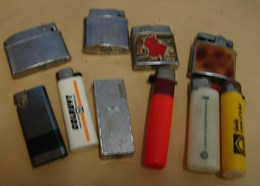 Tabac. 9.Lot De 10 Briquest - Briquets