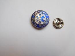 Beau Pin's En EGF , Médical Emergency Technician , Caducée - Medical