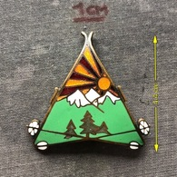 Badge Pin ZN007864 - Military (Army) Skiing Unit (Troops) Kingdom Yugoslavia - Army
