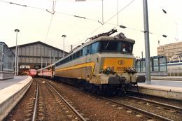 Paris (75- France) - 01/06/1996 - La CC 1805 (SNCB) En Gare De Paris Nord - Dernier Jour De Circulation En France - Trains