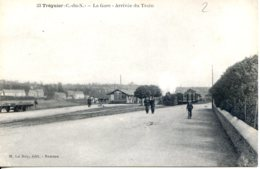 Dpt 22 Treguier La Gare Arrivee Du Train No33 M. Le Roy Ed - Tréguier
