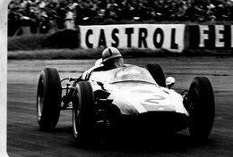 Grand Prix D'Angleterre 1960 -  Bruce McLaren (Cooper)  -  Carte Postale Modern Miniature - Grand Prix / F1