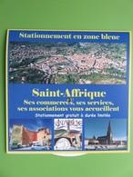 Disque De Stationnement Touristique - Zone Bleue - Vue Générale - Ilot Voltaire - Eglise - 12400 St-Affrique (Aveyron) - Voitures