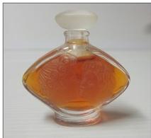 Miniature De Parfum Lalique, L Baiser. - Miniatures Modernes (à Partir De 1961)