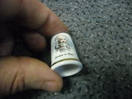 LEONARD DE VINCI @ Dé à Coudre 10 Gr. En Porcelaine 29 Mm De Haut X 22 Mm De Large à La Base - Dés à Coudre