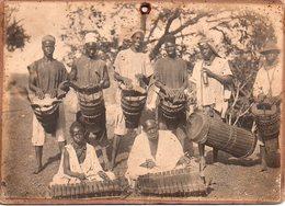 REF Photo 12 : Photo Originale 18 X 13 Cm - ¨photo Afrique Groupe De Musiciens Africains Photo Sur Carton - Afrique