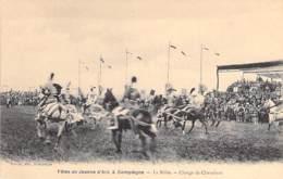 EVENEMENTS ( Fêtes ) 60 - COMPIEGNE - FETES DE JEANNE D'ARC :  La Mêlée - Charge De Chevaliers - CPA - Oise - Evénements