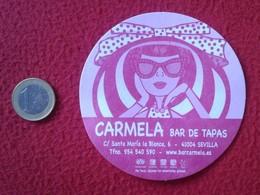 SPAIN ANTIGUO POSAVASOS OLD RARE COASTER MAT BAR DE TAPAS SEVILLA ESPAGNE IMAGEN MUJER WOMAN CON GAFAS Y SOMBRERO HAT - Portavasos