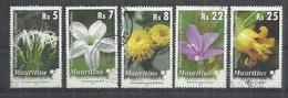 MAURITIUS 2009 - FLOWERS - LOT OF 5 DIFFERENT - USED OBLITERE GESTEMPELT USADO - Maurice (1968-...)