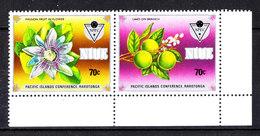 """Niue - 1983. I Due Francobolli  """" Frutti """" Della Serie. Passion Fruit In Flower, Lime On Branch. MNH - Frutta"""