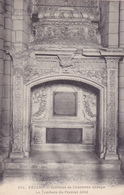 FECAMP Intérieur De L'Ancienne Abbaye Le Tombeau Du Premier Abbé ( LJ 251 ) - Fécamp