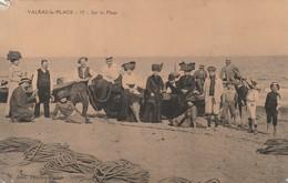 Rare Cpa Valras Sur La Plage Très Animée - Francia