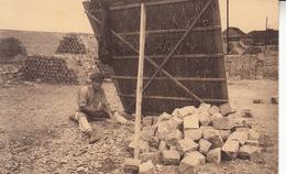Lessines - Carrières - L'ouvrier épinceur - Lessen