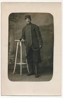 CPA Photo - Militaire Posant En Studio (306eme D'Infanterie) - Guerre 1914-18