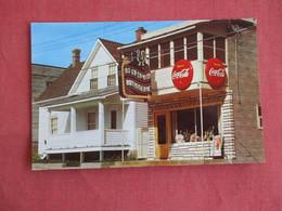 Masson  Restaurant    2 Large Coca Cola Signs  Quebec > Montreal   Ref 3144 - Quebec