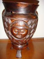 Vaso Africano Antico In Legno Intagliato - Afrikanische Kunst
