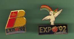 SEVILLE EXPO 1992 *** Lot De 2 Pin's Differents *** 27-01 - Villes