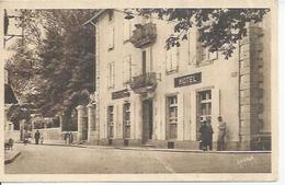 1040 - LACAUNE-LES-BAINS - LE CENTRAL-HOTEL  ( Animées ) - France