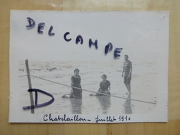17 CHATELAILLON HOMME ET FEMMES EN MAILLOT DE BAIN PLAGE 1910 PHOTO - Châtelaillon-Plage