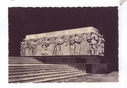 75 PARIS  Exposition  Internationale 1937 Pavillon De L' U.R.S.S. Bas Relief Tchaikov Les Peuples - Exhibitions