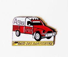 Pin's Voiture 2 CV Citroen 2ème Raid Des Baroudeurs- BL2 - Badges